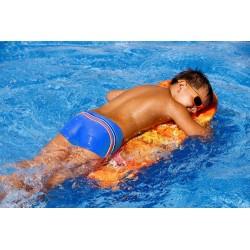 Kąpielówki spodenki chłopięce CB-7 z paskiem niebieskim i czerwonym